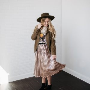 You Are Pure Gold Pleated Skirt